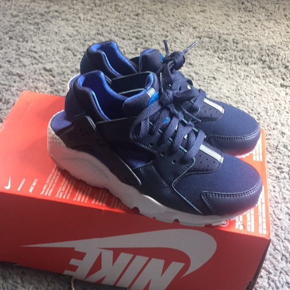 Nike Shoes | Boys Nike Huarache Run